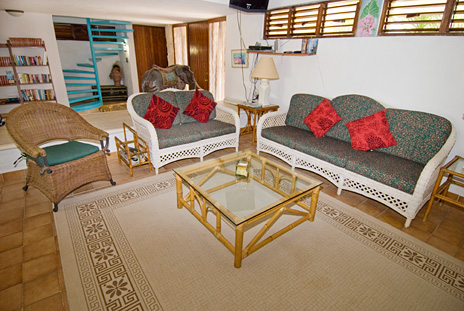Another ivew of living room of Azul Riviera 4 BR Akumal vacation rental home