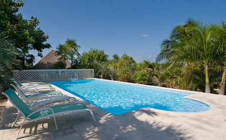 Swimming pool at Azul Riviera 4 BR Akumal vacation rental home