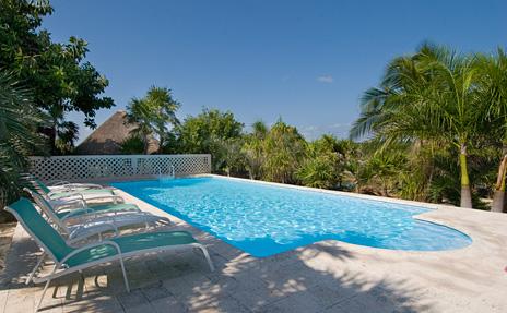 Swimming pool at Azul Riviera 4 BR Akumal vacation rental home