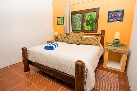 Bedroom Canciones rental in Soliman Bay