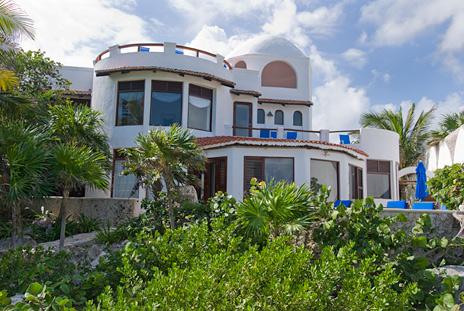 Exterior of Casa Bella  akumal vacation rental villa on the Riviera Maya