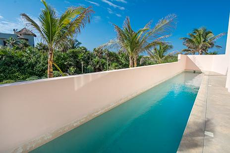 Villa Fantasea lap pool