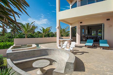 Villa Fantasea patio