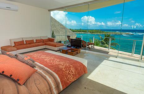 Villa Gauguin master bedroom