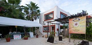 Gynn Ak restaurant Akumal Mexico