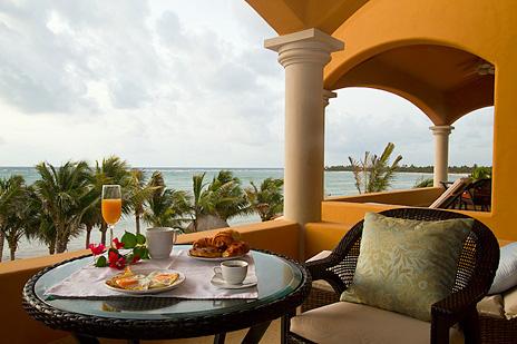 Breakfast on the patio at Hacienda Caracol vacation villa
