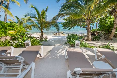 """Akumal beachfront vacation rental includes the """"best seats in the house"""""""