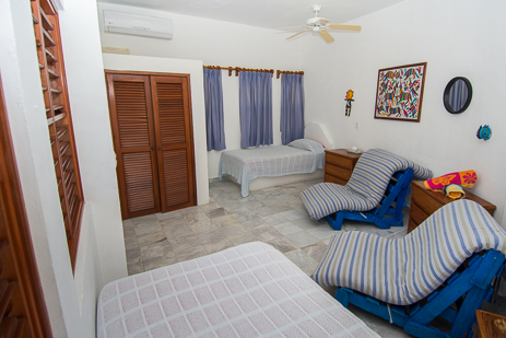 BR #5: 2nd floor, perfect for kids with 2 singles beds, 2 futons