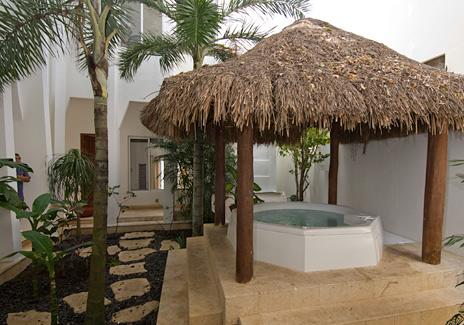 The garden courtyard has massage tables