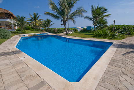 Swimming pool at Las Villas Akumal