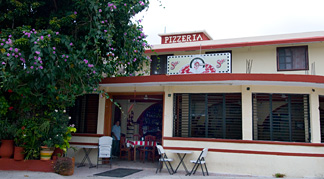 Leo's Pizza Akumal Mexico