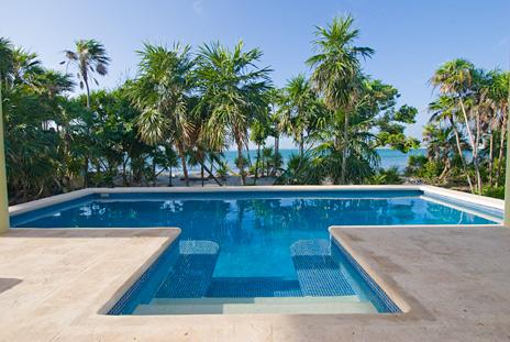 Swimming pool of Villa Luminosa vacation rental home on Tankah Bay, south of Akumal on Riviera Maya