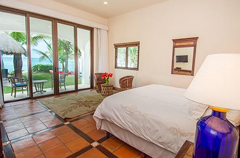 Fourth bedroom of Casa Magica vacation villa on Jade Bay