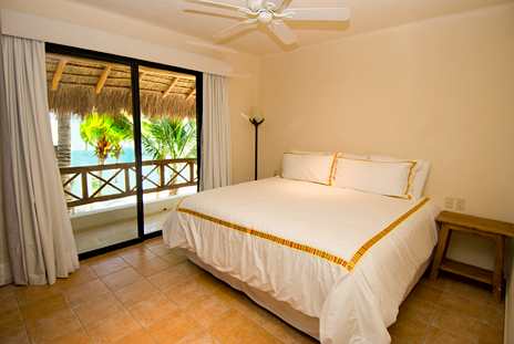 Casita bedroom of Casa Magica vacation villa on Jade Bay