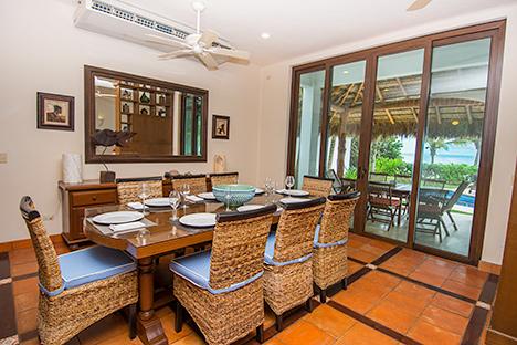 Dining room of Casa Magica 5 BR luxury vacation villa on Jade Bay