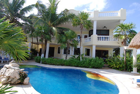 Villa marcaribe 6 br vacation villas on the beach soliman bay for Vacation rentals with private swimming pool