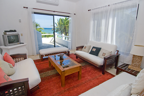 Living room Mayamor Akumal vacation rental