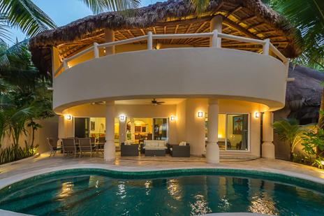 Villa Moonstar luxury vacation rental villa on Soliman Bay, Riviera Maya, Mexico