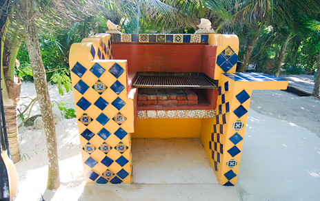 Built in barbecue at Villa Palmeras Soliman vacation rental home