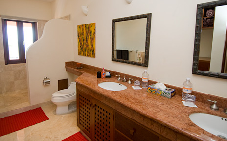 bathroom at villa palmilla luxury vacation rental villa on jade beach