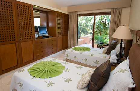 another view of bedroom three, palmilla villa on jade beach
