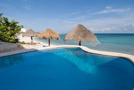 Pool at Playa Caribe Akumal Vacation Rental Condos on Half Moon Bay