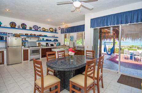 Dining Villa Playa Azul, Tankah vacation rental villa