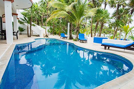 Pool at Playa del Caribe vacation rental  home on South Akumal Bay