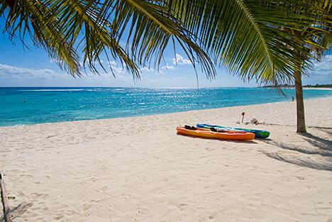 Beach in front of Casa Salvaje Akumal Aventuras vacation rental villa