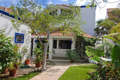 Exterior of Casa Salvaje Akumal Aventuras vacation rental villa