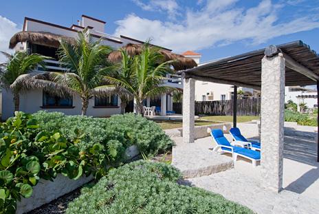 Back view of  Sea Gate  4 BR Akumal vacation rental villa on the Riviera Maya