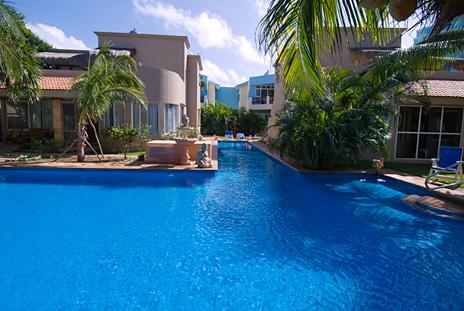 sirena pool