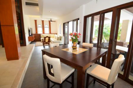 Texana dining room and living room