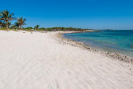 Beach Villa Turquesa South Akumal vacation rental