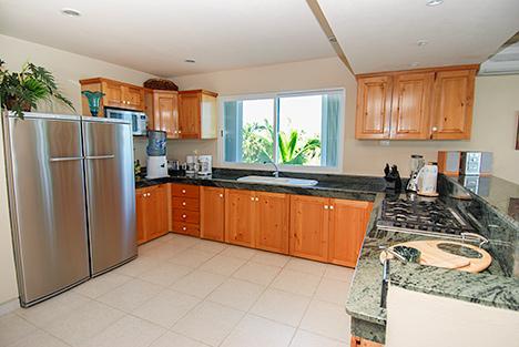 Kitchen Villa Turquesa South Akumal vacation rental
