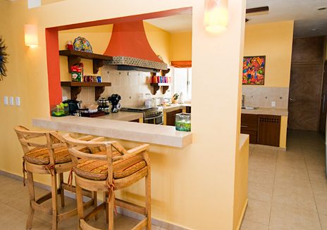Lunch counter at Villa de Vallhalla Akumal luxury vacation rental villa