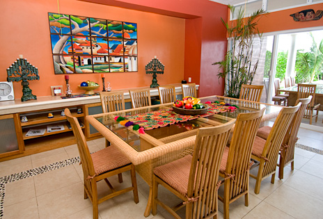 Dining room at Villa de Vallhalla Akumal luxury vacation rental villa