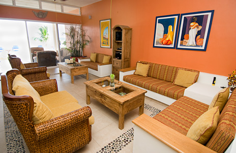 Living room at Villa de Vallhalla Akumal luxury vacation rental villa