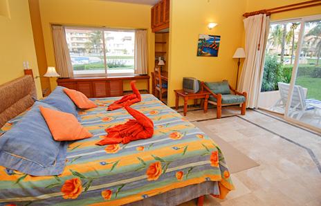 Master bedroom in 105C Villa del Mar luxury condo on the Riviera Maya
