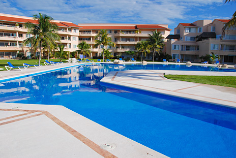 Villa del Mar rental condos are located on one of finest beaches on the riviera maya