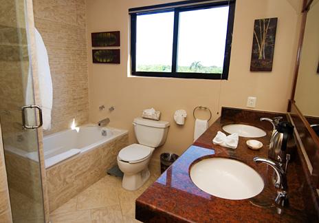 Bathroom  at La Via 5 BR Akumal vacation rental villa
