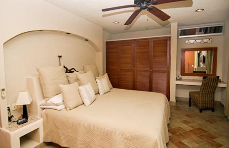 Bedroom #1 at La Via 5 BR Akumal vacation rental villa