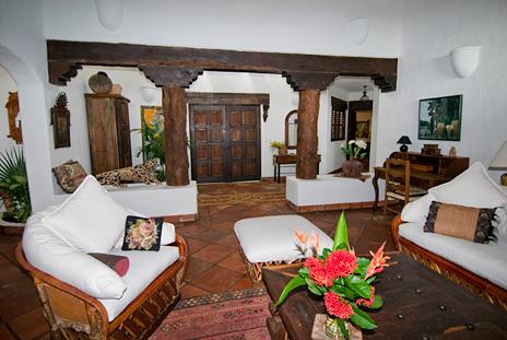 Handsome woodwork at   Las Vigas 2 BR Akumal vacation rental property