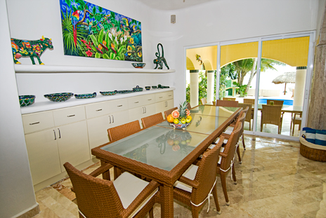 Dining room at Villa Iguana Soliman Bay vacation rental home
